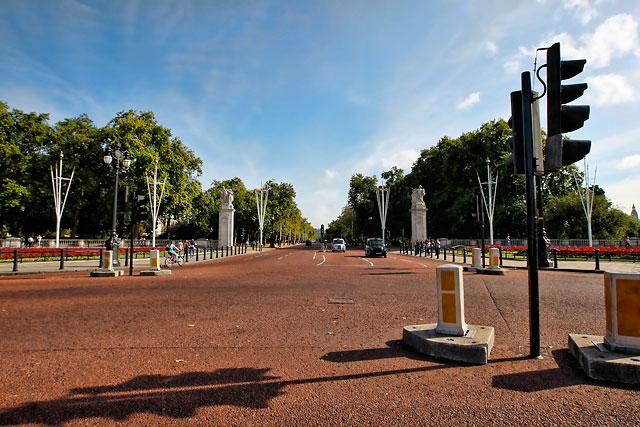 london_buckingham_palace_20b
