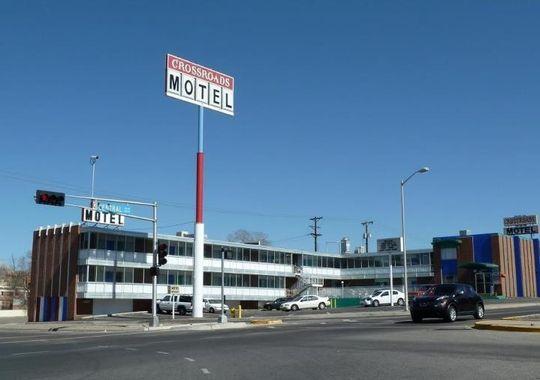 1375127458000-Crossroads-Motel-1307291552_4_3