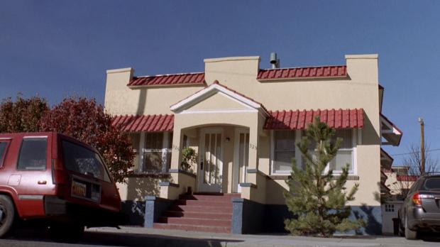 2x9_Jane's_apartment