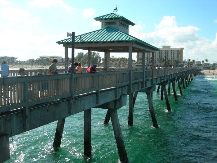 Deerfield-pier-2007-12-09