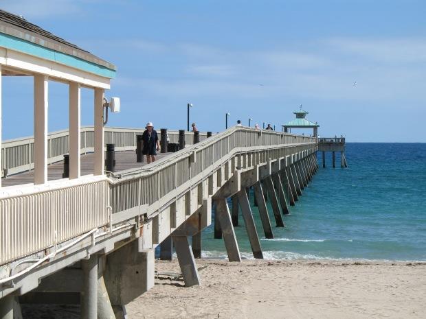 Deerfield_Beach_Pier_02