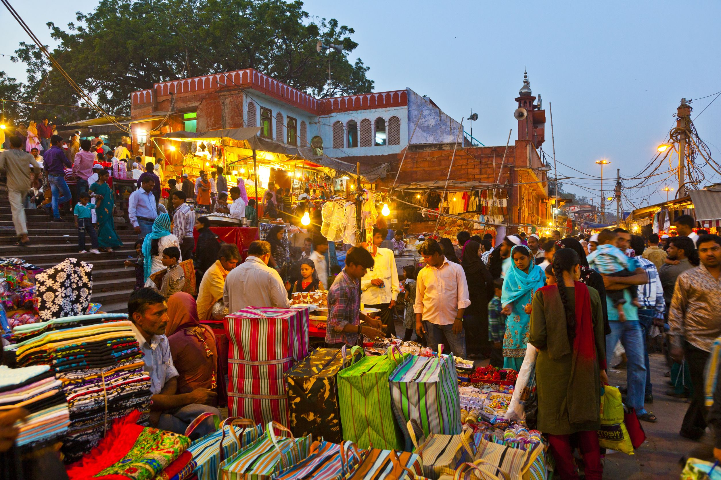 Short Essay On Travel And Tourism In India