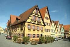 Top-German-Villages-Dinkelsbühl-740x505